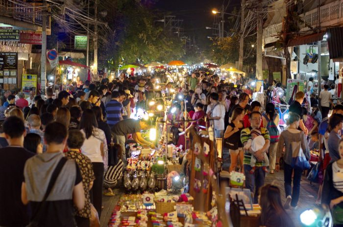 Chợ đêm - Tất tần tật kinh nghiệm du lịch Chiang Mai Thái Lan
