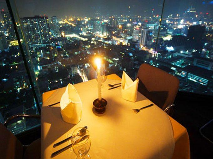 Nhà hàng trên không - Hoạt động về đêm ở Bangkok