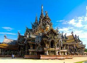 Khám phá lâu đài Sanctuary of Truth ở Pattaya