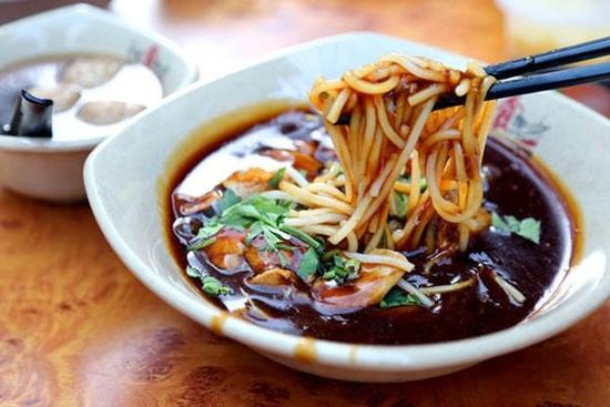 Những món ăn hấp dẫn tại phố ẩm thực Chinatown