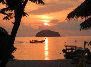 Tổng hợp 6 bãi biển đẹp nhất ở Thái Lan
