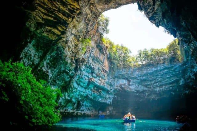 Ttour- Động Phong Nha – Kayak – Zipline – Sông Chày – Hang Tối (1 ngày) 1
