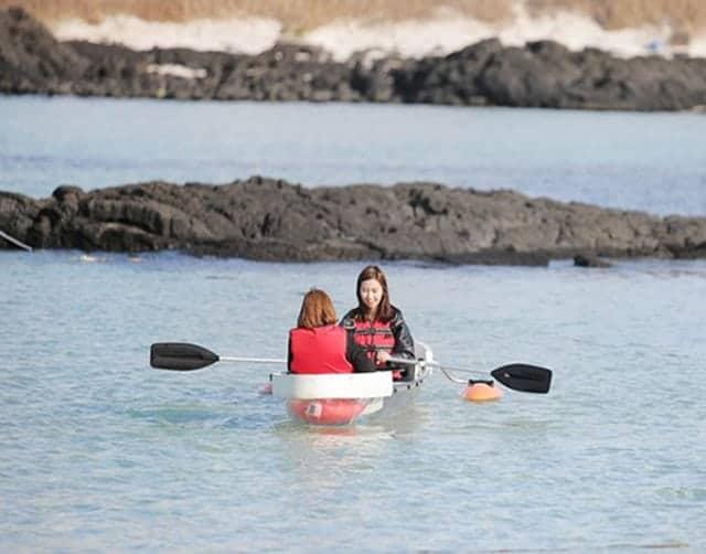 Chèo Kayak Trên Đảo Jeju Woljeongri