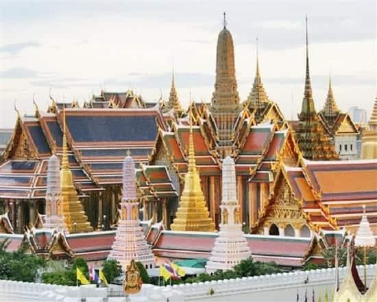 Tour tham quan Hoàng Cung và Chùa Phật Ngọc