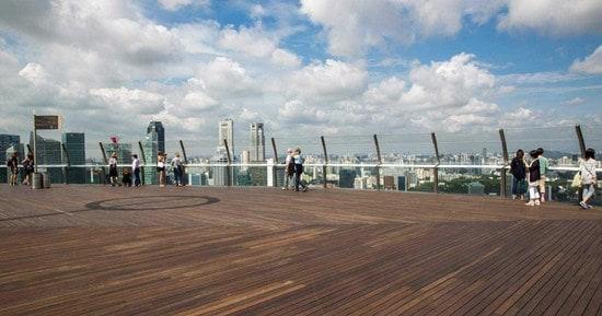 Ngắm Cảnh Marina Bay từ Đài Sands Skypark