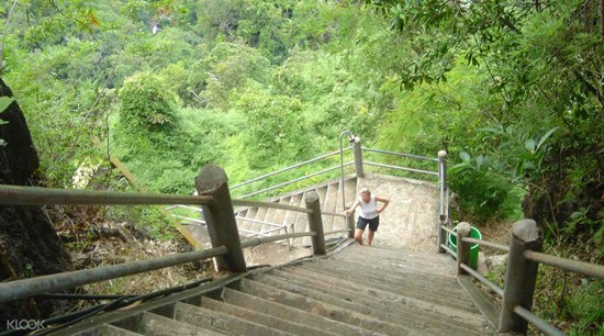 Thám Hiểm Hang Cọp Và Rừng Hồ Lục Bảo