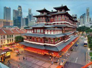 chùa phật Nha nằm ở khu Chinatown