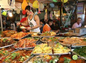 Khám phá ẩm thực đường phố ở Phuket