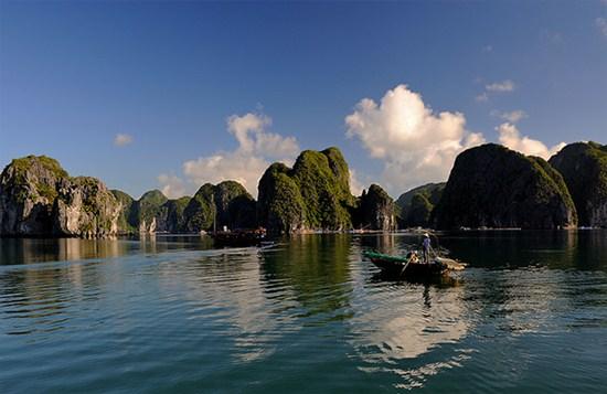 Vịnh Lan Hạ với tiềm năng phát triển tour du lịch