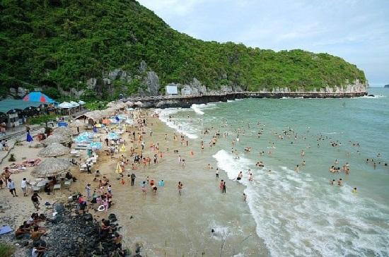 bãi biển đẹp ở Cát Bà