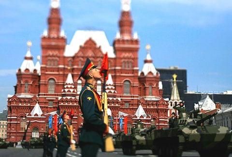 le -dieu- binh -tai- quang- truong- do- Moscow -2