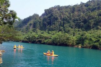 Tour Quảng Bình Động Phong Nha kayak Zipline Sông Chày Hang Tối
