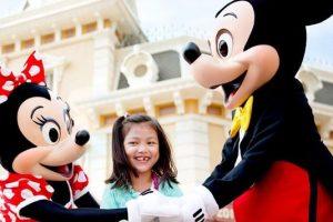 Disneyland-hong-kong-2-day-pass