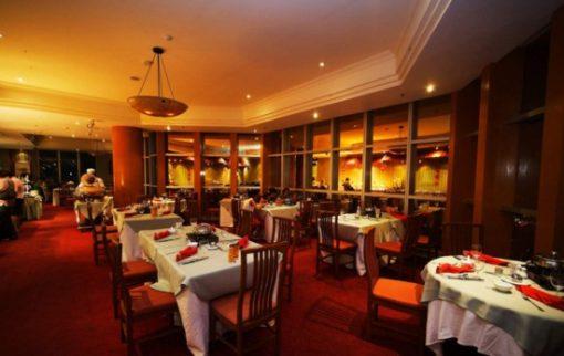 Buffet tại nhà hàng Stella Palace Baiyoke Sky Hotel tầng 79