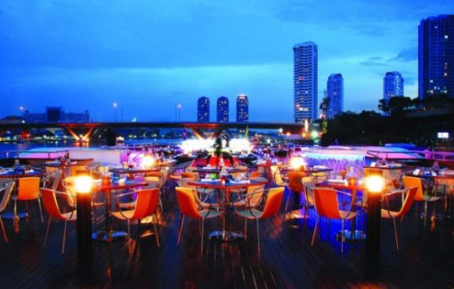 Buffet tối trên du thuyền Wonderful Pearl Cruise