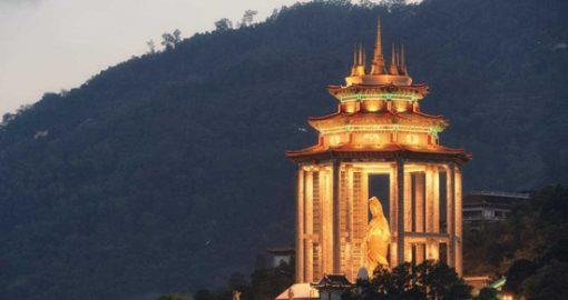 Đồi Penang và Ngắm Cảnh Đền Chùa