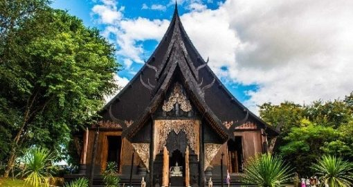 Tour 1 ngày đi Chùa Trắng, Đền Xanh và Nhà Đen Chiang Rai